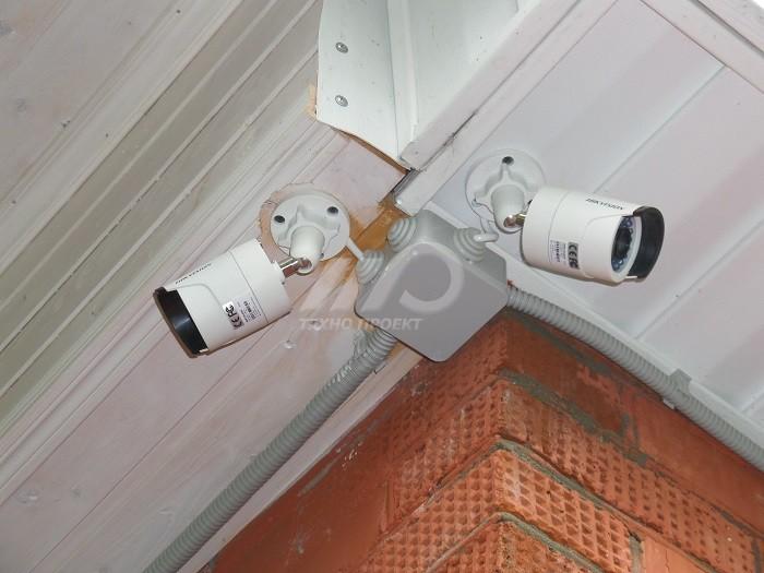 Установить камеры видеонаблюдения дома своими руками 57